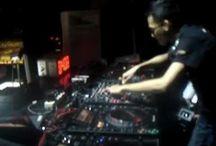 "Disk Jockey ""DJ"""
