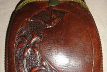 Vintage leather bags, purses . Táskadivat, divattáska, antik bőrtárgyak