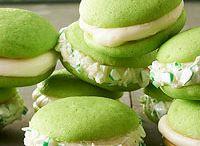 Cupcakes, koekjes, macarons