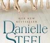 Books Worth Reading / by Hannah Stephenson