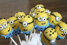 Cake Pops / by Amy Ventimiglia