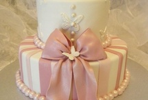 Beautiful cakes / by Tivisay Aguilar