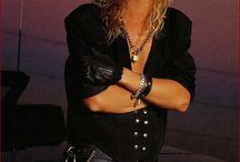 Duff Mckagan!