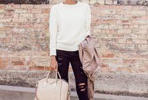 Mama Blogger Style