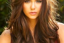 Brown hair / by Deanna Valadez