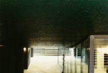 Applicazioni di lastre ceramiche in facciata / La nostra tecnologia e la nostra esperienza al servizio dell'applicazione delle lastre ceramiche in facciata.  http://www.casalgrandepadana.it/engineering/facciate-ventilate