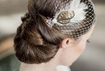 Labude Bridal Headpieces und Clutches / Labude Braut-Haarschmuck im Vintage Style. Handgearbeitete Headpieces und Fascinator mit nostalgischem Charme für die Hochzeit sowie wunderschöne Brauttaschen.