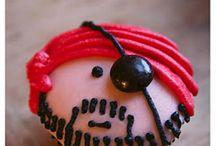 Cakes n cupcakes / by Nicole Hanna