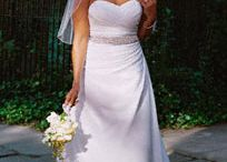 weddinggggggg / by Alexandra Kayser