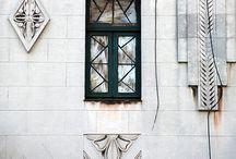 Calle San Rafael / San Rafael es la calle hermana de Obispo, pero más moderna y el doble de ancha. Comienza en el Paseo del Prado, a un costado del Gran Teatro de La Habana y del Hotel Inglaterra, se extiende por más de veinte manzanas, atravesando las calles Industria, Galiano, Belascoaín e Infanta, y llega hasta la Universidad de La Habana, en El Vedado. / by Paseos por La Habana