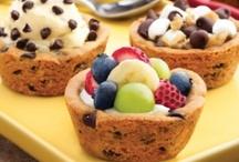 desserts / by Mckenzie Reierson
