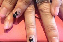 Beauté des ongles / ongles pris sur vos tableaux