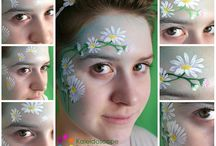 Flower make up.