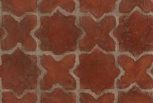 Kitchen floor & tiles
