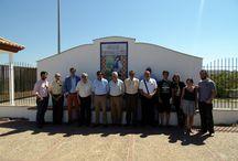 Visita de Rafael Salado, como miembro de ASET, a la factoría de Inés Rosales / Alrededor de treinta profesionales del sector turístico, entre los que estaba Rafael Salado, propietario de Bodegas F. Salado, visitaron ayer las instalaciones de Inés Rosales.