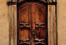 Architectural Wonders / by Lisa Jay