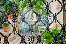 Кованые железные ворота