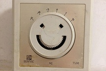 Smile Ü / Una sonrisa significa mucho. Enriquece a quien la recibe; sin empobrecer a quien la ofrece. Dura un segundo pero su recuerdo, a veces, nunca se borra. Anónimo