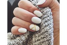 nails oval