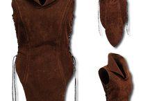 Kleider, Hüte u. mehr im Mittelalterstil