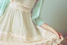 Hippie Boho Dresses / Hippie, bohemian, folk dresses. Lace, crochet, ruffles and embroidery create girly, romantic, fairy-like outfits.