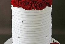 Cake / by Laura Ortiz
