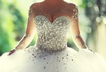 Wedding dress/unforgettable moments