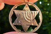 Magen David Pendant / This Magen David (Star of David) pendant is made of Copper, Aluminum and Nickel, a very strong and not rusting alloy looking like light gold. It will be more shining as more as you wear it.