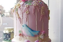 Amazing Cakes / by Tina Lyons Seaboch