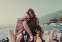 Summer in a sailboat with friends