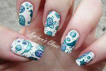 Glitter Nails...