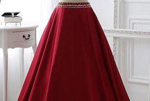 Abiye / Nişan Kıyafetleri / Dünyaca ünlü abiye modelleri ve yüzlerce nişanlık modelleri burada !