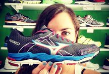 Mizuno Running / Running Shoes & Equipment