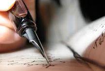A pen in my hand / by La brújula de historias