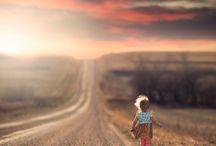 """Sur la route / """" Ce n'est pas la destination mais la route qui compte.""""    (Proverbe Gitan)"""