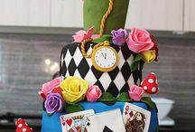 Fiesta de Alicia en el País de las Maravillas, Supertribus / Ideas para organizar la mejor Fiesta de Alicia en el País de las Maravillas.  Ideas for Alice in Wonderland Parties.