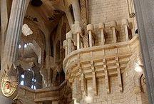 OBRAS ARQUITECTÓNICAS - La Sagrada Familia