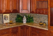Kitchen cabinet, counter, floor color