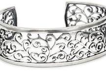 Rings, necklaces && bracelets