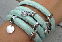 Armbandjesbym / Neem een kijkje op www.armbandjesbym.nl voor meer sieraden!