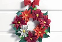 Evergreen Christmas / Creative tip: when Christmas is nearing, unleash your creativity to create wreaths, festoons and centerpieces, or use Evergreen to add a touch of nature to your presents under the Tree.