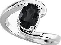 Gemstone Onyx / Onyx- the black mystical stone is the birthstone for the month of December. Considered as the birthstone for the star sign Leo; it is also the seventh and tenth anniversary gemstone. The gemstone is admired for its extraordinary elegance and vividness.
