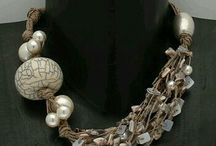 náhrdelníky kameň