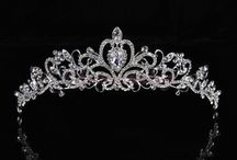 Jewellery and accessories / Gorgeous tiaras, necklaces, earings, broaches, bracelets and rings!