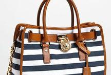 purses / by Faby Diaz