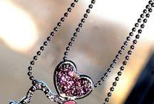 Hello Kitty Jewelry & Glasses
