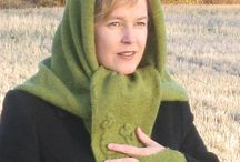 Knitted warmth / Triangeli / Designed and made by Sininen Sopukka.