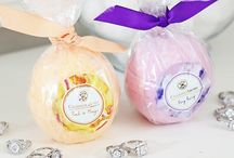 Candles and bathbombs