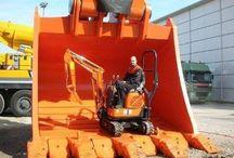 Machines / Heavy machinery and vehicles