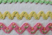 Ric Rac / Different ways to use ric rac in sewing projects.